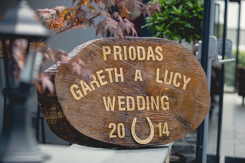 Welcome plaque, Summer wedding by Whole Picture Weddings